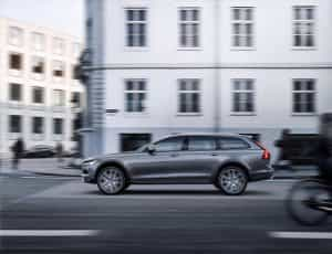 Volvo Cross Country in der Stadt